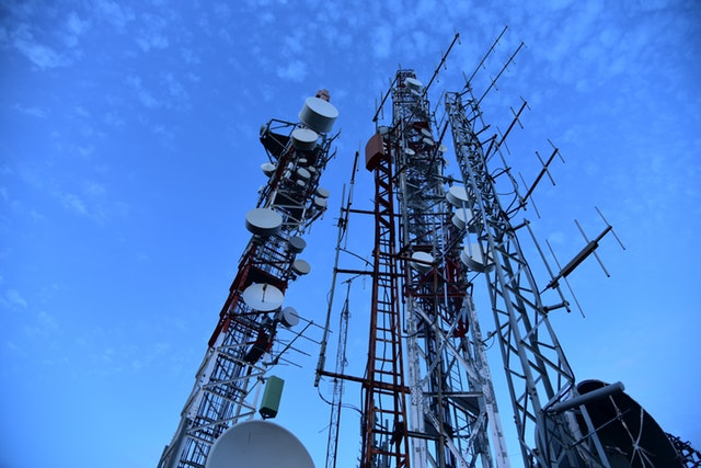 How Cell Phone Towers Work