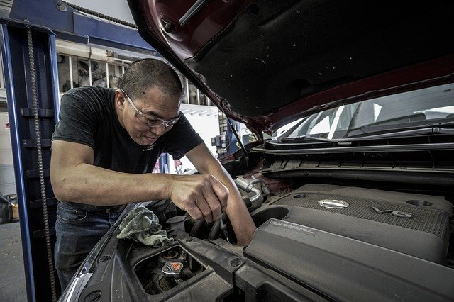 How To Find the Right Auto Body Shop