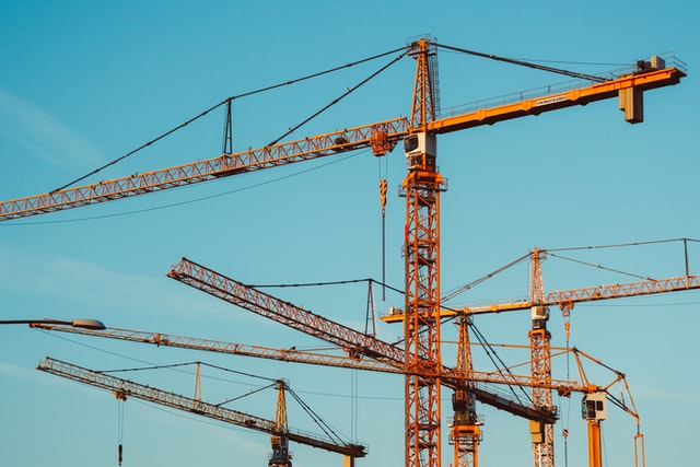 3 Types of Cranes That Can Streamline Your Business